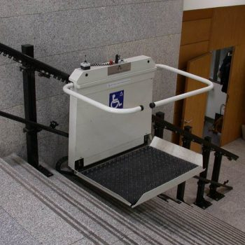 Plataforma-sube-escaleras-1